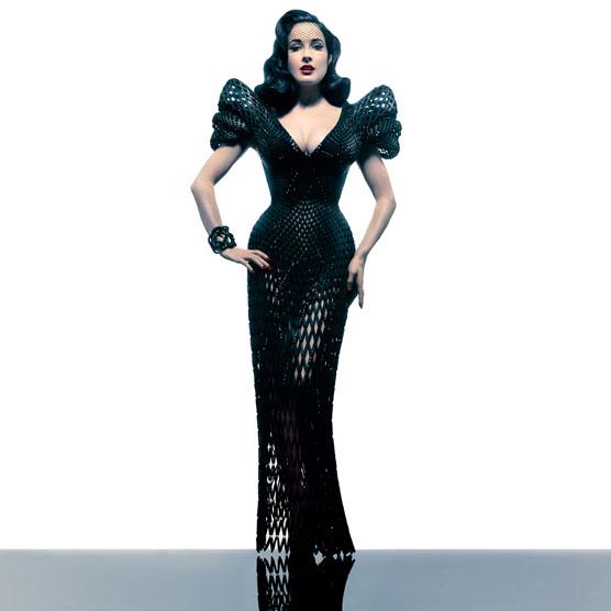 Michael Schmidt - full dress 1